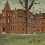 Publich High School in Tupelo
